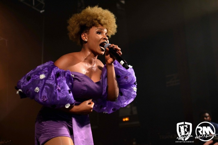 Yemi-Alade-Mama-Africa-World-Tour-Le-Trianon-Paris